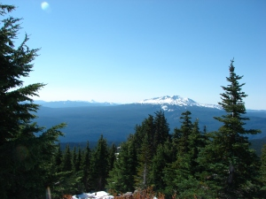 Cowhorn Mountain, Mt. Thielsen, Hillman Peak and Diamond Peak
